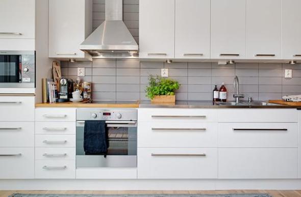 泸州旧房改造设计解析关于厨房墙砖铺贴